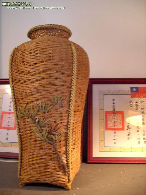 Image-黃塗山瓶子作品